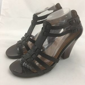 Kenneth Cole Reaction Sandals Size 8.5